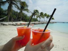 Aruba Ariba Cocktail  #recipe #recept
