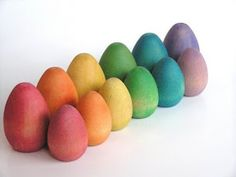 apple-n-amos-non-toxic-wooden-easter-eggs-offer-an-eco-and-vegan-alternative