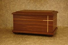 Walnut Pisgah Cremation Urn Cremation Boxes, Cremation Urns, Small Wooden Boxes, Wood Boxes, Quick Diy Jewelry, Pet Caskets, Wood Box Design, Burial Urns, Funeral Urns