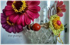 #Pulsera tejida en #crochet con hilo de seda vegetal y enhebrado de semillas centroamericanas. #ganchillo #jewelry