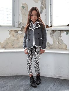 cute small little girl preppy style fashion clothes grey blazer leopard print legging leggings girl kid kids