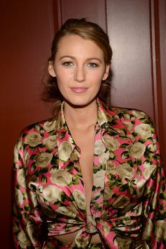 Blake Lively - Perfection - Blake Lively promoting her website: preserve.us -...