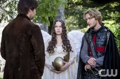 """Reign -- """"Hearts and Minds"""" -- Image Number: RE104c_0050r.jpg -- Pictured (L-R): Torrance Coombs as Bash, Anna Popplewell as Lola and Toby Regbo as Prince Francis -- Photo: Bernard Walsh/The CW -- © 2013 The CW Network, LLC. All rights reserved."""