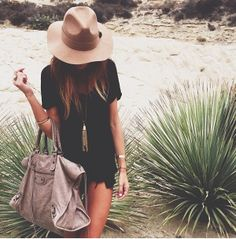 Black dress. Bag. Necklace. Summer fashion style