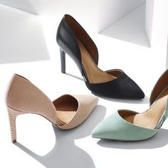 15 Stunning Shoes Heels Green Ideas - Gucci Shoes - Latest and fashionable gucci shoes - 8 Wonderful Useful Ideas: Vans Shoes 2018 basketball shoes black. Balenciaga Shoes, Valentino Shoes, Chanel Shoes, Shoes 2018, Prom Shoes, Dress Shoes, Shoes Heels Boots, Wedge Shoes, Vans Shoes