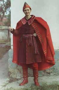 15th Century Novgorod Merchant - Descriptive Costume site