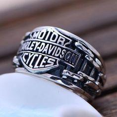 Men's Sterling Silver Biker Ring - Jewelry1000.com