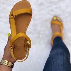 Zapatos Shoes, Shoes Flats Sandals, Slipper Sandals, Leather Sandals, Kids Sandals, Studded Sandals, Strappy Heels, Pretty Sandals, Cute Sandals