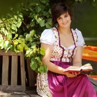 Zum goldenen Engel - Fam. Ehrenreich Beste Hotels, Sari, Style, Fashion, Saree, Swag, Moda, Fashion Styles, Fashion Illustrations