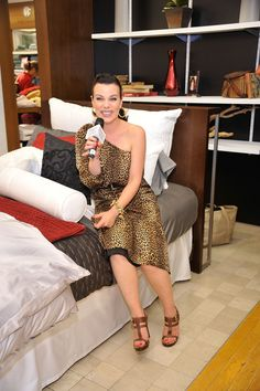 Share, rate and discuss pictures of Debi Mazar's feet on wikiFeet - the most comprehensive celebrity feet database to ever have existed. Debi Mazar, Like Fine Wine, Foot Pictures, Picture Tag, Gorgeous Women, Beautiful, Stay Classy, Aging Gracefully, Celebrity Feet