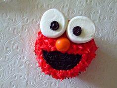 Birthday Elmo cupcakes