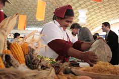 Sabores de Mi Tierra - Feria gastronómica - Realizamos en el Complejo Ferial Córdoba. Artistas invitados como: Patricia Sosa - Peteco Carabajal - Rally Barrionuevo - Teresa Parodi. Año 2007.
