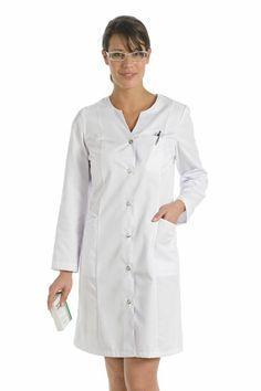 Sanidad, Bata sanitaria, vestuario laboral, ropa de trabajo, ropa profesional www.dyneke.com Nylons, Spa Uniform, Blouse Nylon, Nurse Costume, Scrubs, Shirt Dress, Costumes, Sewing, Womens Fashion