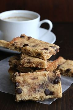 Low Carb Grain-Free Blondies with the delicious flavour of chocolate and browned butter