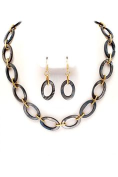 Mother of Pearl Elia Necklace Set