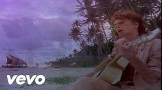 Music video by Duran Duran performing Save A Prayer (2003 Digital Remaster). A música expressa o vídeo ou vídeo expressa esta belíssima música e sons Divinos.