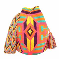$90.00 Retail Price LARGE Mochila Wayuu Bag | RETAIL + WHOLESALE | Handmade and Fair Trade Wayuu Mochila Bags LOMBIA & CO. | www.LombiaAndCo.com