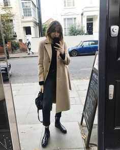 """6,641 Likes, 52 Comments - Lizzy Hadfield (@shotfromthestreet) on Instagram: """"First long coat outing of the year ❄️"""""""