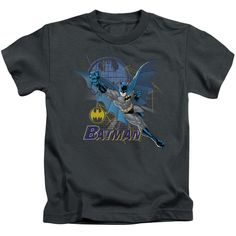 """Checkout our #LicensedGear products FREE SHIPPING + 10% OFF Coupon Code """"Official"""" Batman / Cape Outstretched - Short Sleeve Juvenile 18 / 1 (4) - Batman / Cape Outstretched - Short Sleeve Juvenile 18 / 1 (4) - Price: $24.99. Buy now at https://officiallylicensedgear.com/batman-cape-outstretched-short-sleeve-juvenile-18-1-4"""