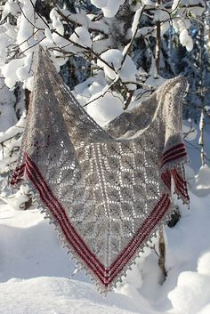 Ravelry: ratoavig's The Lonely Tree Shawl