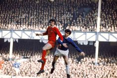 Everton 0 Liverpool 0 in Feb 1971 at Goodison Park. John Toshack and Henry Newton challenge for the ball Football Liverpool, Liverpool Fc, Merseyside Derby, Goodison Park, Class Games, Everton Fc, You'll Never Walk Alone, Derby Day, Looking Back