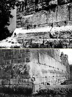 Al norte de Damasco se extiende la Terraza de Baalbek , una plataforma construida con enormes losas algunas de las cuales mi...