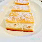 PRAJITURA TURNATA CU BRANZA SI STAFIDE Baby Food Recipes, Cake Recipes, Easter Pie, No Cook Desserts, Food Cakes, French Toast, Cheesecake, Deserts, Food And Drink