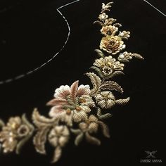 28 New ideas for embroidery designs saree Zardosi Embroidery, Embroidery On Kurtis, Hand Embroidery Dress, Kurti Embroidery Design, Couture Embroidery, Embroidery Works, Gold Embroidery, Embroidery Fashion, Hand Embroidery Designs