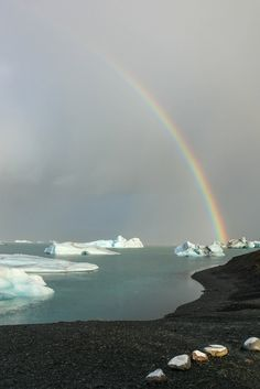 How to self drive Iceland's Golden Circle and more unique suggestions for how to spend 48 hours in magical Iceland. Save money by going independently!