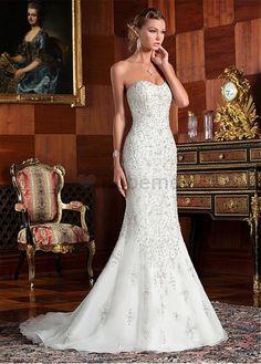 Robe de mariée luxe sans manches broderie tulle col en cœur