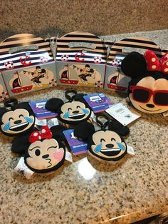Mickey nautical theme! Party favors Disney Reveal, Nautical Theme, Party Favors, Mickey Mouse, Disney Characters, Fictional Characters, Fantasy Characters, Princess Party Favors, Wedding Keepsakes