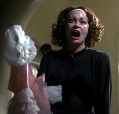 Mommie Dearest, Faye Dunway como Joan Crawford