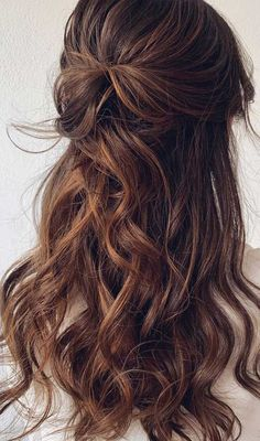 Blown away with these 57 beautiful half up half down hairstyles ,textured updo, half up half down bridal hairstyles half up half down wedding hair Bridal Hairstyle Indian Wedding, Wedding Hair Half, Wedding Hairstyles Half Up Half Down, Wedding Hairstyles For Long Hair, Wedding Hair And Makeup, Bride Hairstyles, Down Hairstyles, Gown Wedding, Lace Wedding