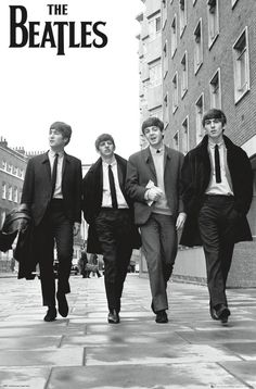 A great poster of The Beatles strolling down a London street (without being mobbed by a crowd of screaming fans)! Check out the rest of our FABulous selection of Beatles posters! Need Poster Mounts. Poster Dos Beatles, Foto Beatles, Les Beatles, Beatles Art, Beatles Photos, Black And White Photo Wall, Black And White Posters, Rock And Roll, Rock Posters