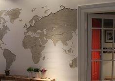 Amikor a málló vakolat inkább dekor....  Wall world map