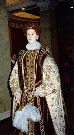Madame Tussaud's Wax Museum, Queen Elizabeth..... http://englishhistory.net/tudor/monarchs/eliz1.html