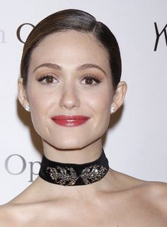 '90s Flashback: Ribbon Chokers on the Red Carpet!