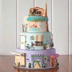 E o tema deste bolo é... Paris!!!!  @cottontailcakestudio  #paristhemed #pariscake #eiffeltower #patisserie #france #festaparis #bolo #boloparis #cakeart #cakeartist  #Cake #boloartistico #customcake #bolo  #bolodefesta  #bolodecorado  #bolopersonalizado #cakelovers #cakedesigner #decoratedcake #partycake #birthdaycake