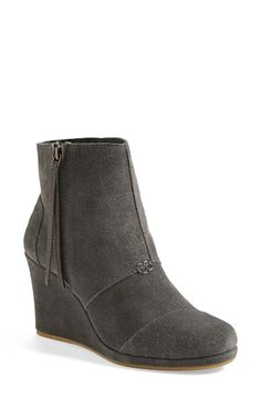 love these high wedge booties!
