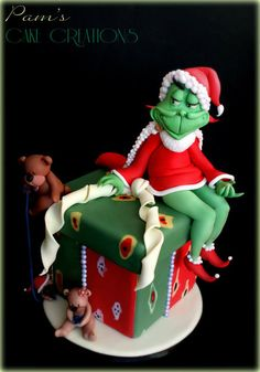 Grinch Cake - by PamsCakeCreations @ CakesDecor.com - cake decorating website