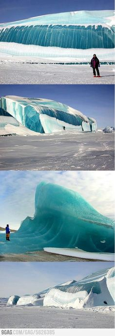 Frozen wave in Antarctica