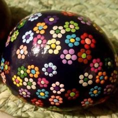 ✓ Best Painted Rocks Ideas, Weapon to Wreck Your Boring Time Stone Art Painting, Dot Art Painting, Mandala Painting, Pebble Painting, Pebble Art, Mandala Painted Rocks, Painted Rocks Craft, Mandala Rocks, Hand Painted Rocks