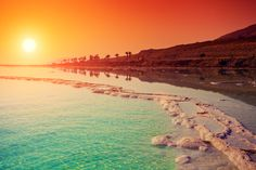 Take a look on our best Dead Sea tours holiday package at affordable price. Enjoy a wonderful experience by Floating on the salty water by Dead sea tours. Israel Tourism, Totes Meer, Sky Sea, Dead Sea, Rest Of The World, Honeymoon Destinations, Historical Sites, Places To See, Traveling By Yourself