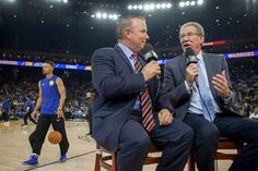 Remember When the Warriors Stunk? These Guys Had a Front-Row Seat