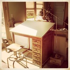 Amazing vintage drafting table! Fantastic early Christmas present