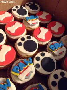 Paw patrol cupcakes Más