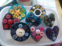 brooches made with buttons | broochesjan18