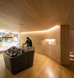 Galeria de Loja de Vinho Mistral / Studio Arthur Casas - 5