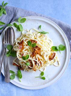 Low carb carbonara - The food Club Healthy Muffin Recipes, Healthy Dinner Recipes, Healthy Snacks, Healthy Eating, Food Club, Brunch Recipes, Pasta Recipes, Food Inspiration, Spaghetti