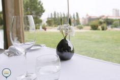 Restaurante Eleven - Lisboa White Wine, Portugal, Alcoholic Drinks, Eat, Glass, Food, Lisbon, Restaurants, Kitchens
